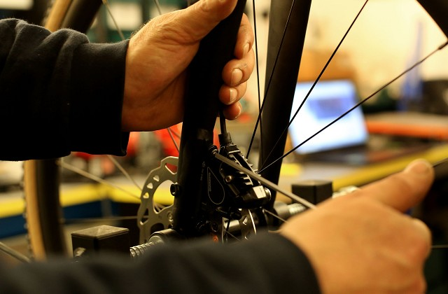 bicycle repair shop, bicycle mechanic