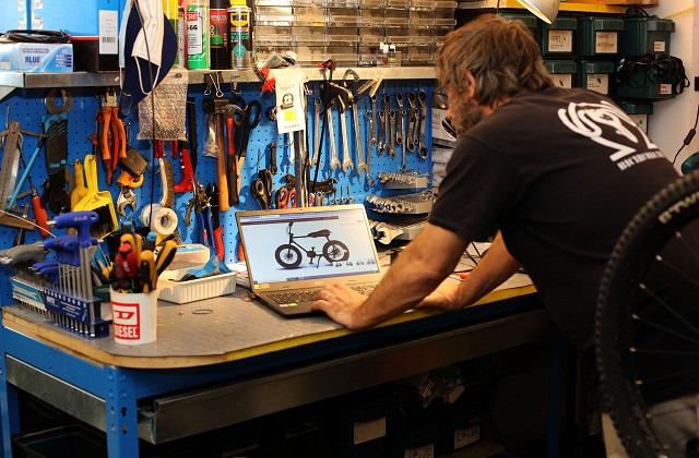 bike tuning | bicycle repair shop | bicycle mechanic | manutenzione bici | officina riparazione bic